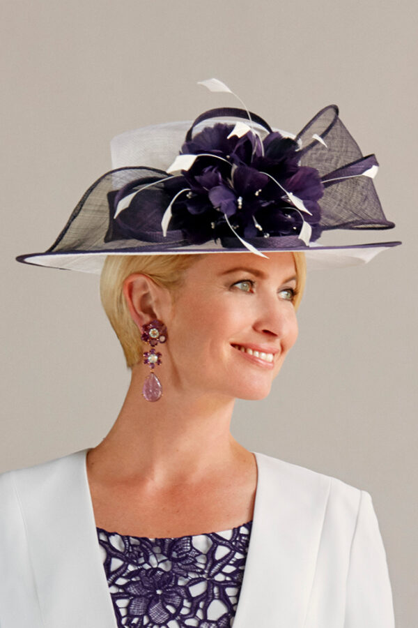 70936 cream deep plum hat